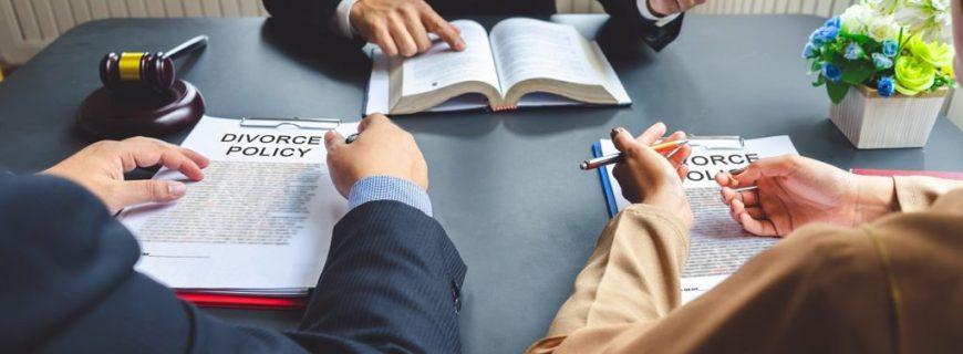 How Do I Choose A Divorce Attorney